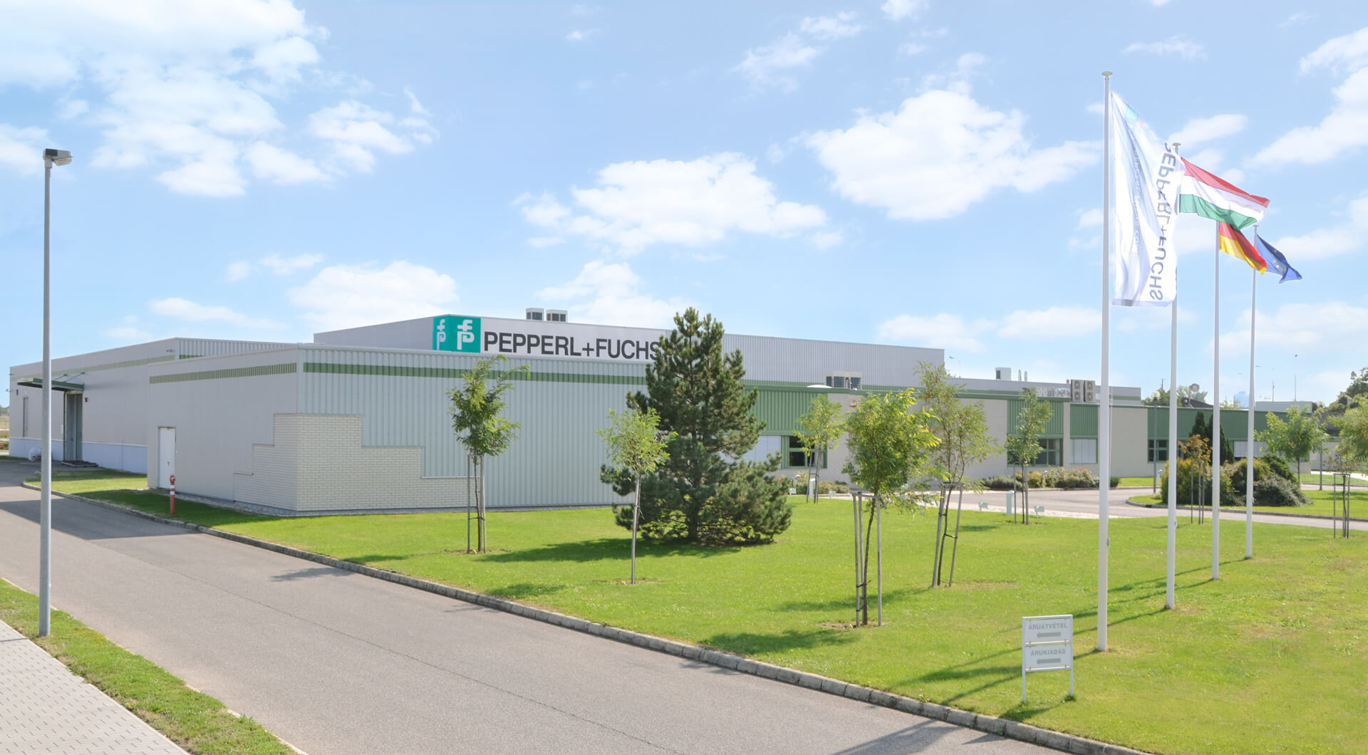 cable, Pepperl+Fuchs, conncection, connectivity, sensors, technology, hungary, industry, quality, pepperl, fuchs, vezprem, plant,
