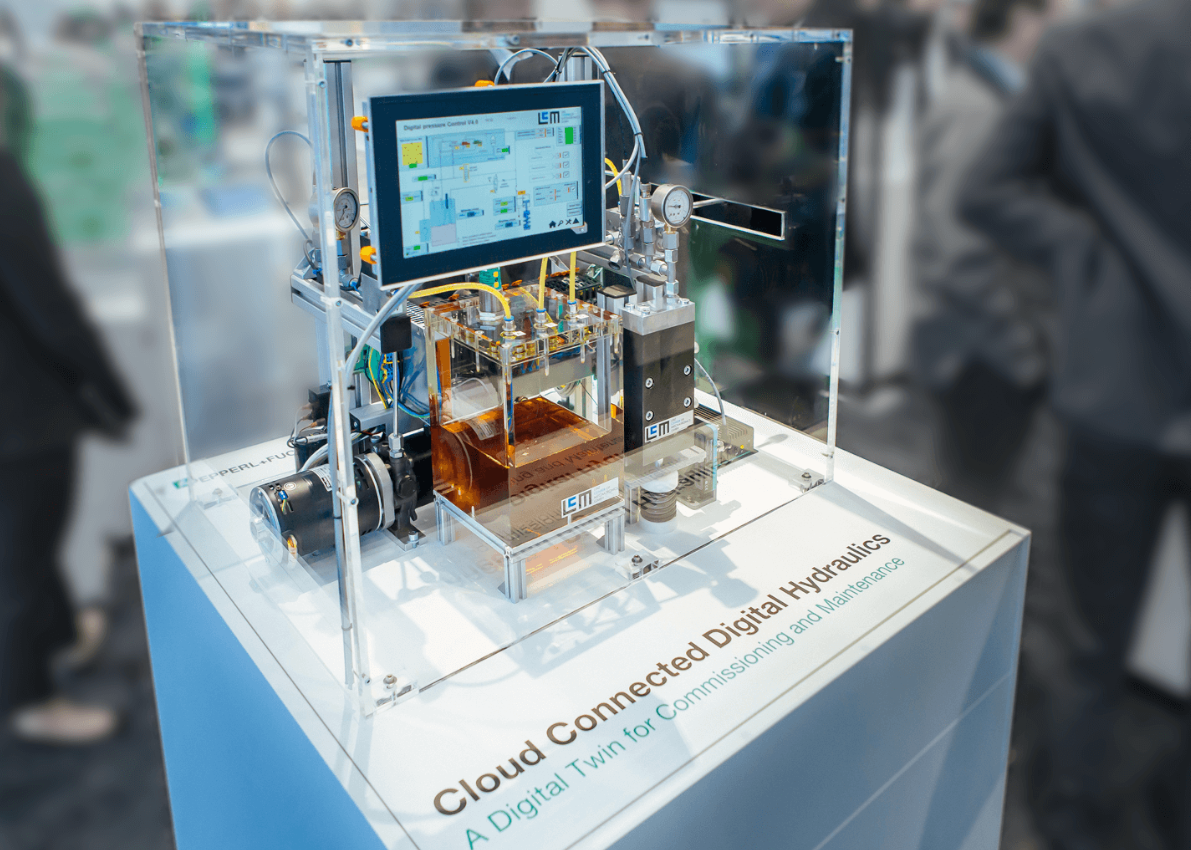 Digital hydraulics booth from Pepperl+Fuchs and LCM